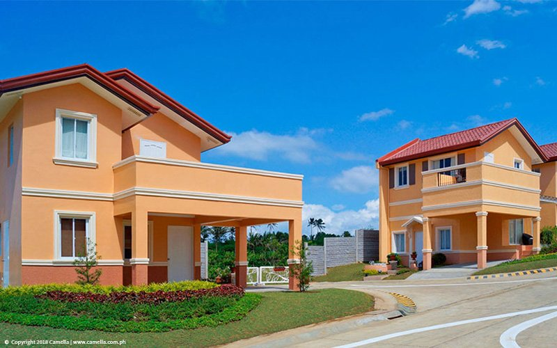 Camella Alta Silang house and lot with car port and balcony