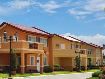 Camella Laoag house and lot with car port and balcony
