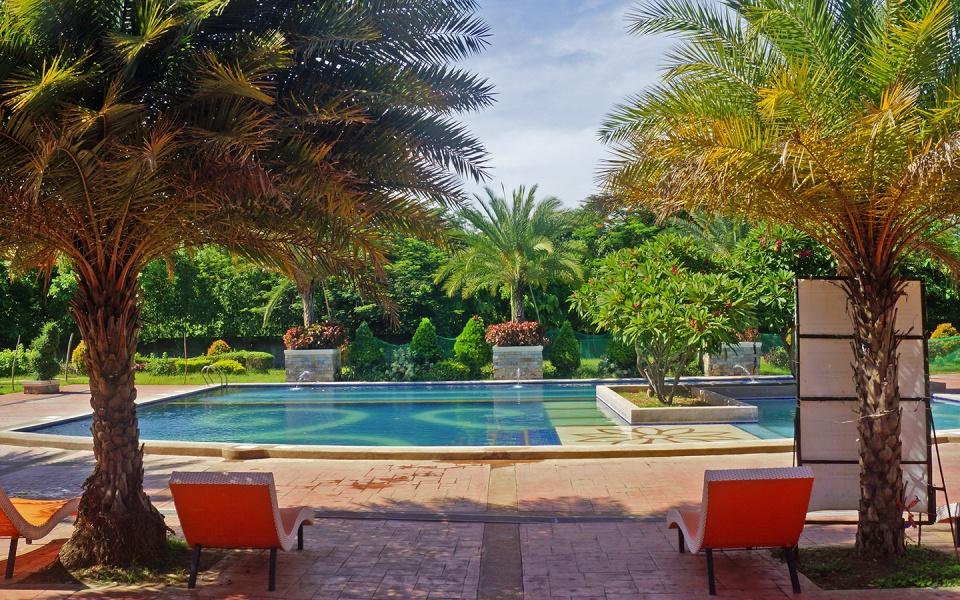 Camella Dos Rios Swimming Pool