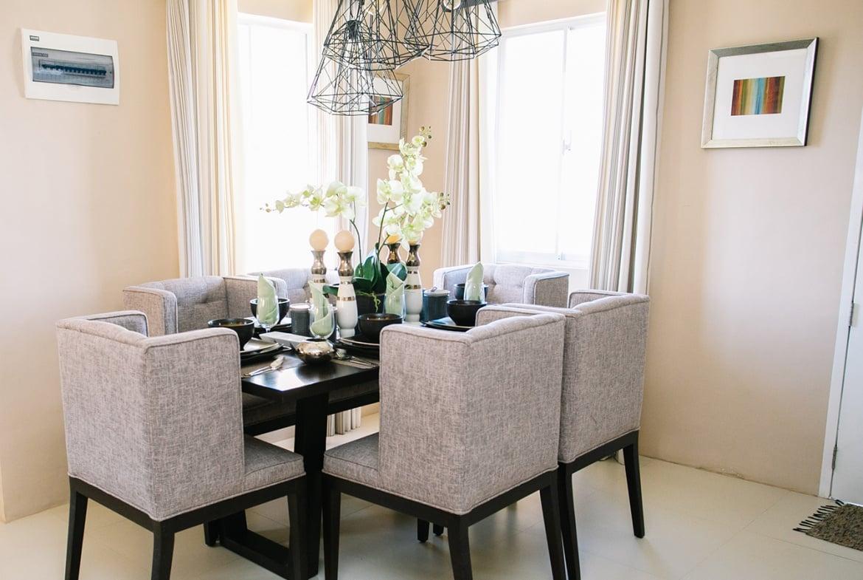 Dana home dining area
