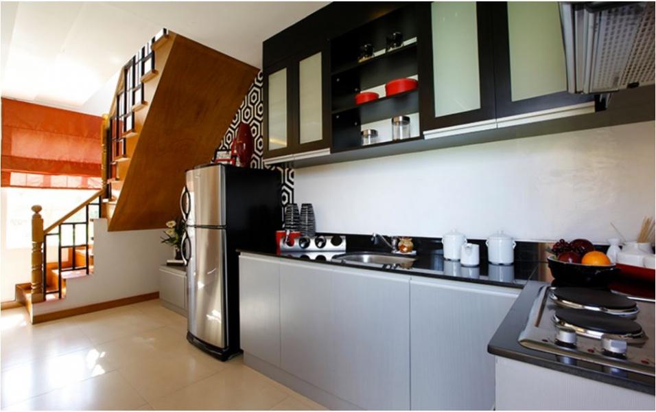 Jana kitchen area