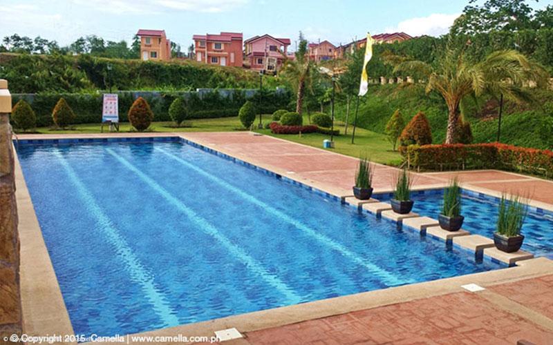 Camella Naga swimming pool