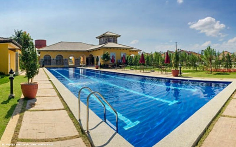 Camella Orani swimming pool and clubhouse