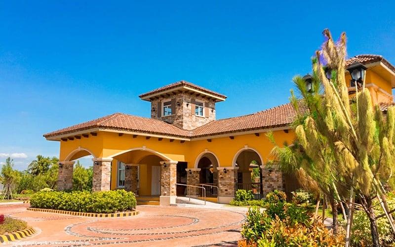Camella Orani clubhouse