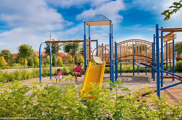 Camella Sorrento playground with kids