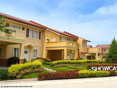 Camella Subic showcase area with house and lot units with carport and balcony